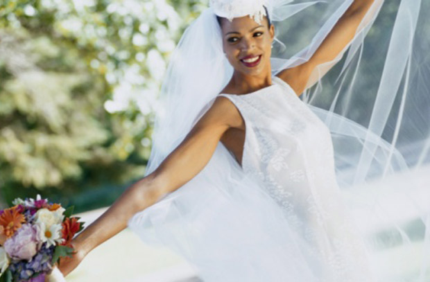 Love & Money: 5 Wedding Dress Deals