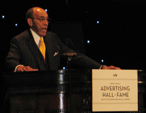 BLACK ENTERPRISE Publisher Earl G. Graves Inducted into Advertising Hall of Fame