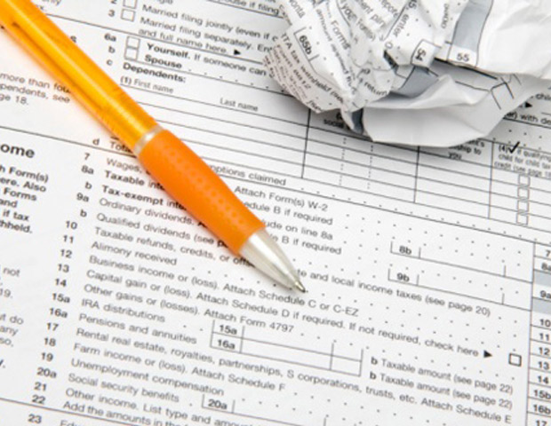 10 Ways to Save Money on Your Tax Return