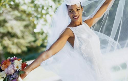 5 Princess Bridal Looks for Less than $1,000