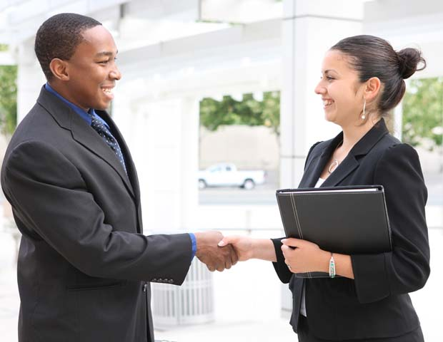 Career Tip of the Day: Schedule Informational Interviews to Get a Leg Up