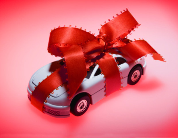 Holiday Gift Guide: 15 Gifts for the Car Enthusiast in Your Life