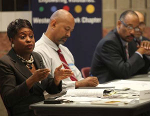 Forum Examines Ways To Cultivate And Preserve Black Business
