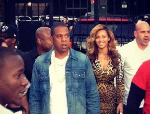 Jay-Z, Beyonce Visit Inwood's La Marina to Promote New Liquor
