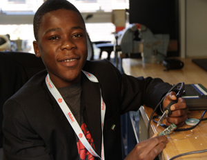 Self-Taught Teen Engineer From Sierra Leone Builds Battery, Radio Transmitter