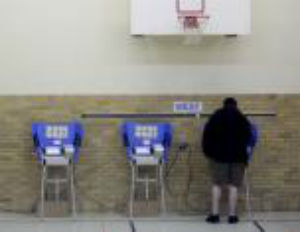 Voting Machine Turns Obama Vote into Romney