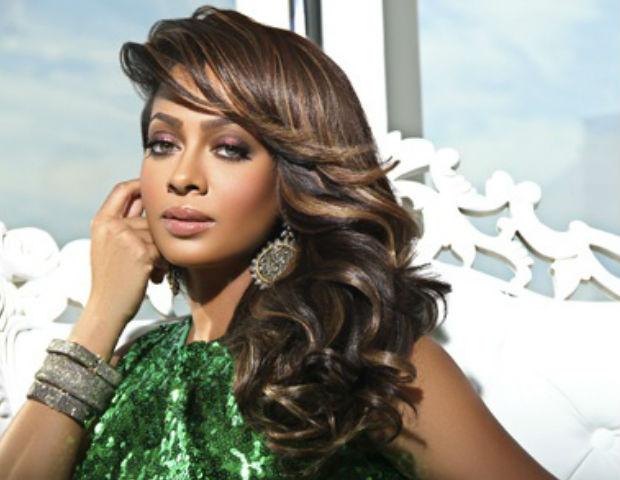 La La launches her make-up line, Motives for La La.