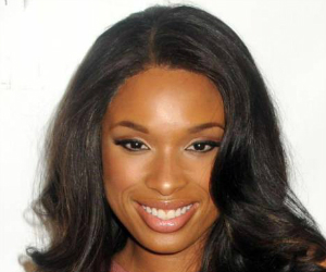jennifer hudson smiling