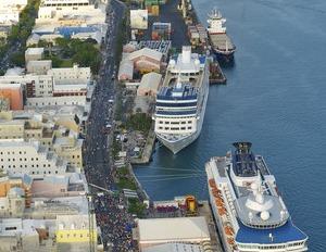 Bermuda_aerial_view_harbour