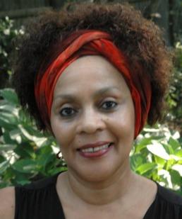 Headshot of Maya Breuer
