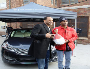 Lincoln Gives Back with Mike Epps and Big Sean