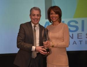 Sylvia Rhone Receives Music Biz Assoc Presidential Award