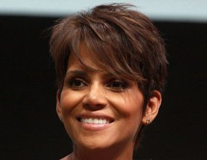 Halle Berry Will Pay $16,000 Child Support