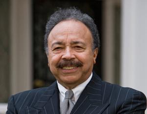 Hampton President Awarded Thurgood Marshall College Fund Leadership Award