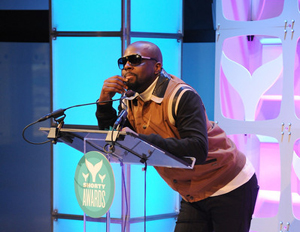 QuestLove, Comedian Hannibal Buress and The Gates Foundation Among Winners at Shorty Awards