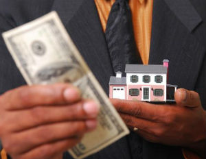 Tip from the Rich: Don't Tie Up Money in a Home