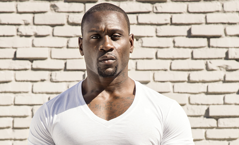 BE Modern Man: Meet Pro Running Back Turned Actor, Thomas Q. Jones