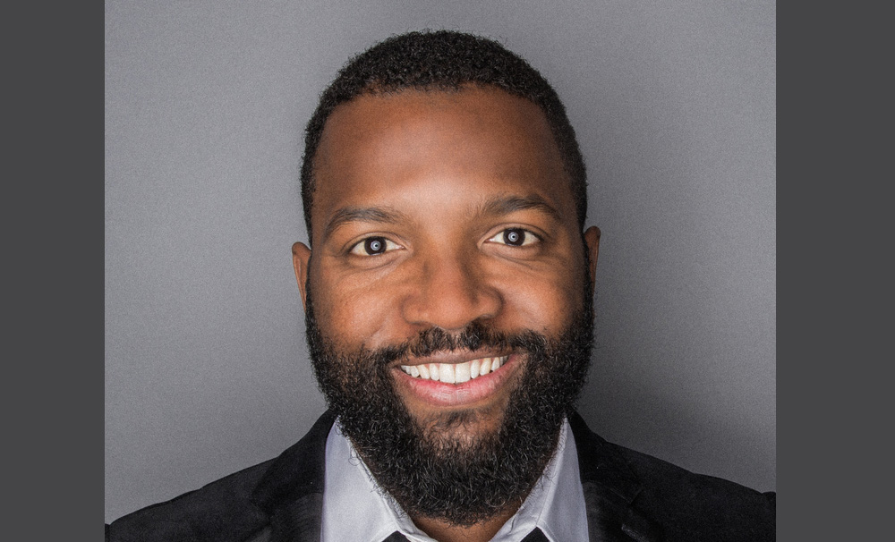 "BE Modern Man: Meet ""Mr. Satire"" Baratunde Thurston"