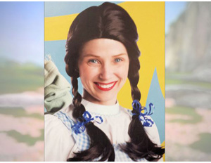 Yahoo CEO Throws $70,000 'Wizard of Oz' Party, Abandons Shonda Rhimes Deal