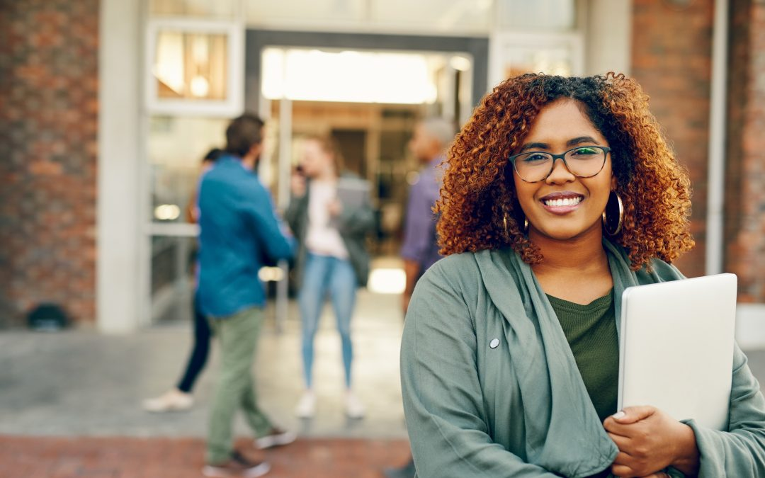 5 College Scholarships Available to African American Women