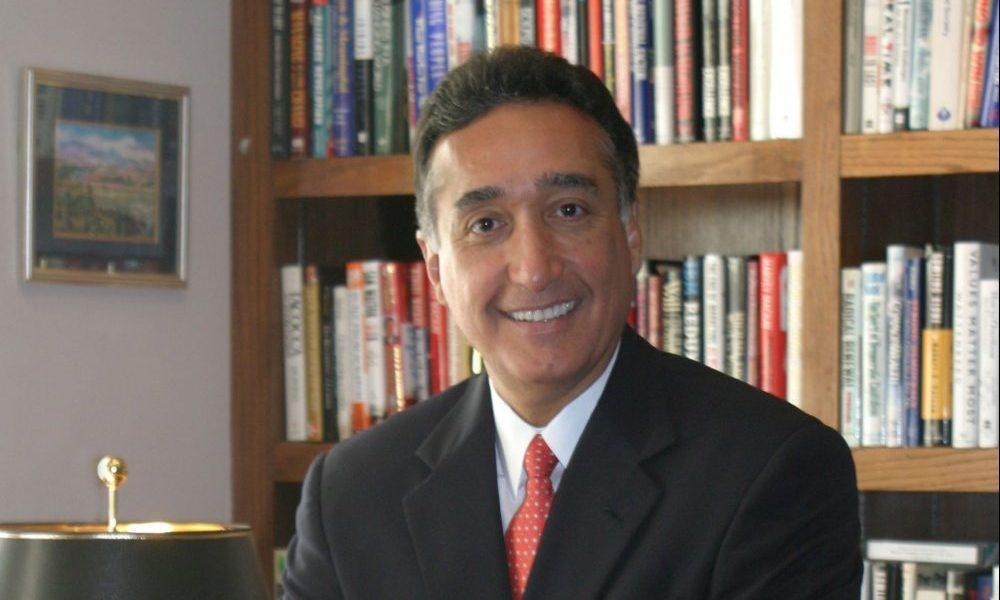 Henry Cisneros, former San Antonio mayor and Housing Secretary