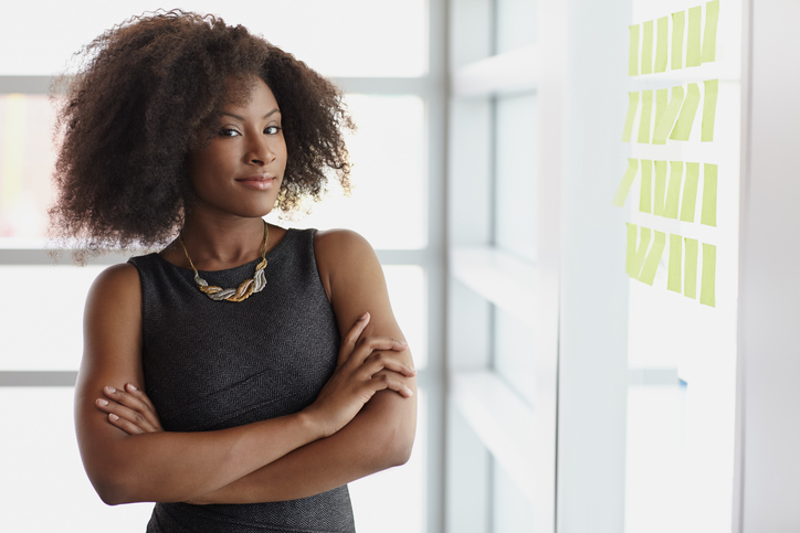 4 Ways To Be Seen As A Leader At Work, From A Career Coach Who Knows