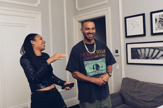 Jesse Williams plays Blebrity with Tech Editor, Sequoia Blodgett (Image: Kadura Bellamy)
