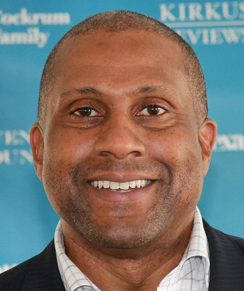 Tavis Smiley To 'Fight Back' After Show Is Suspended by PBS Over Sexual Harassment Allegations