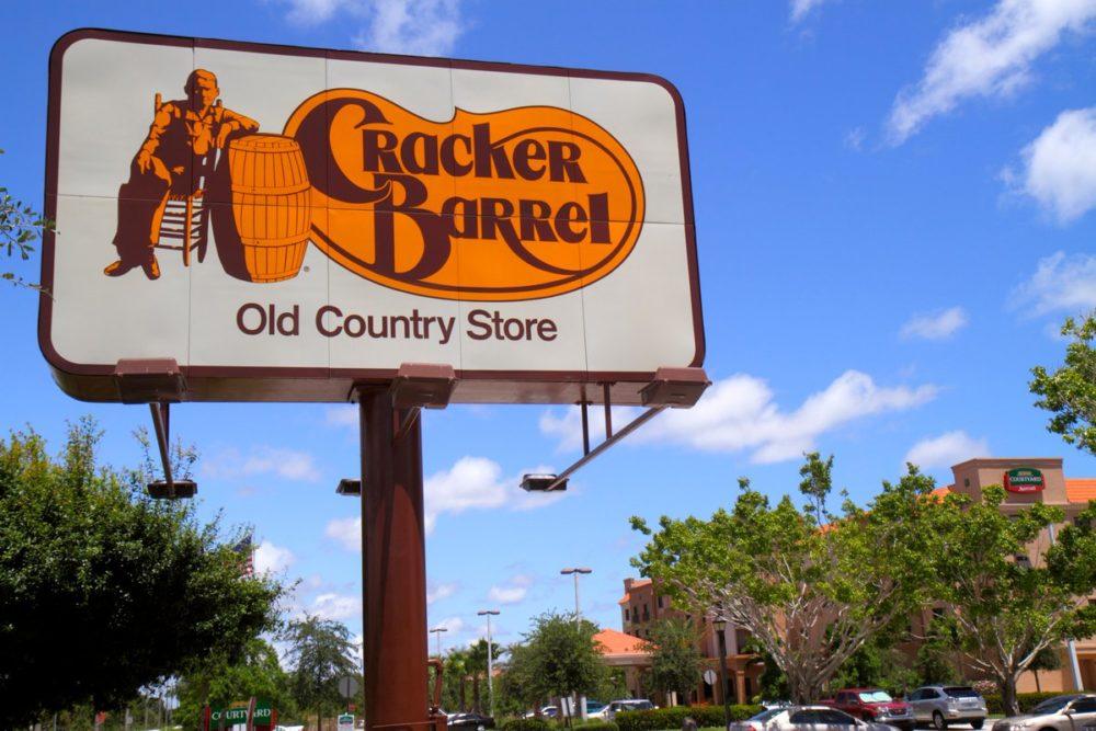 #diningwhileblack at Cracker Barrel