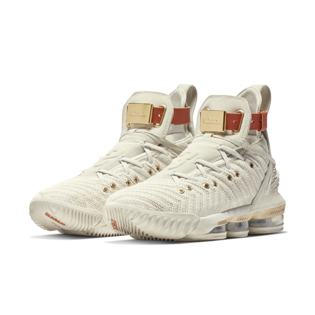 lebron james womens basketball shoes