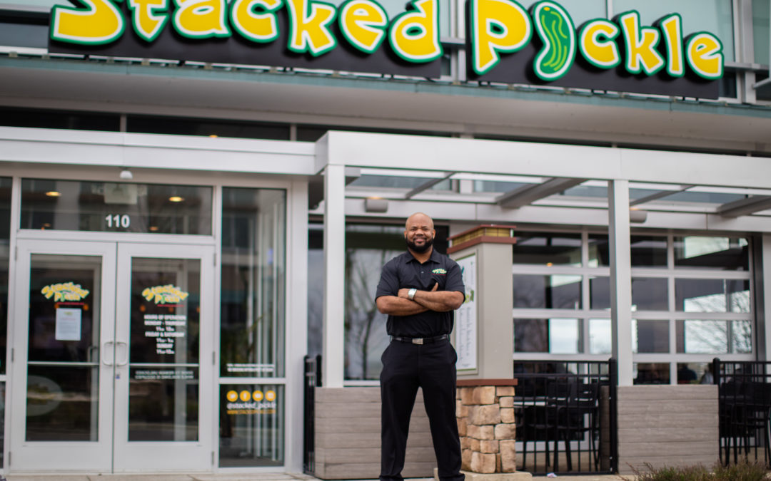 Gary Brackett: From Super Bowl Champ to Successful 'Stacked Pickle' Franchisor