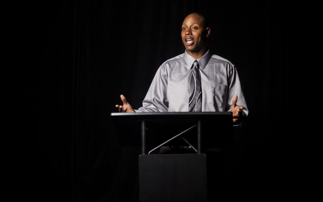 Four Tips on How to Give a Knockout Presentation