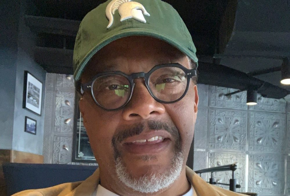 Judge Mathis Donates 50,000 Bottles of Clean Water to Flint Students