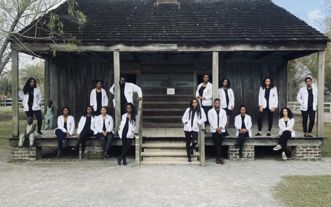 Black Med Students Pose on a Former Slave Plantation in Louisiana