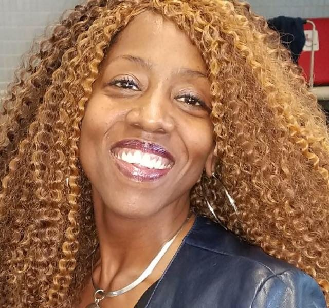 Black Franchise Owner Celebrates Her 5th Year After Opening a 7-Eleven