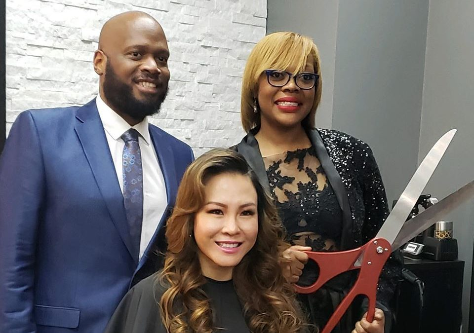 DC Woman Donates a Kidney to Her Mentor, Gets a Beauty Salon as a Thank-You Gift