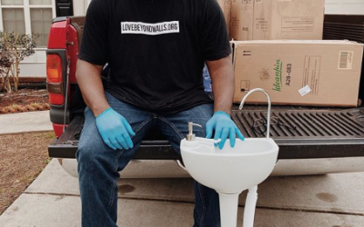 This Atlanta Man Is Assembling Portable Hand-washing Stations For The Homeless