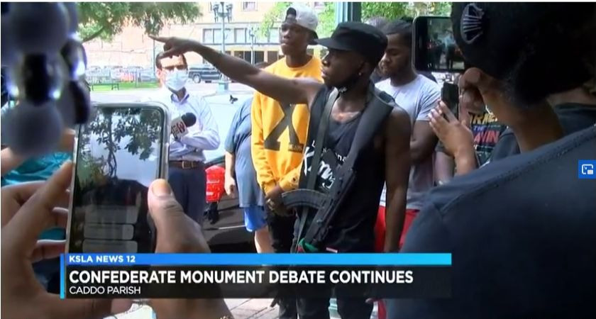 Armed Black Men in Louisiana Show Up at Courthouse to Counter Armed White Supporters of a Confederate Monument - Black Enterprise