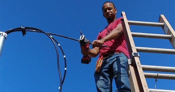 worker black-owned electrical services_company crockett_ lectrics