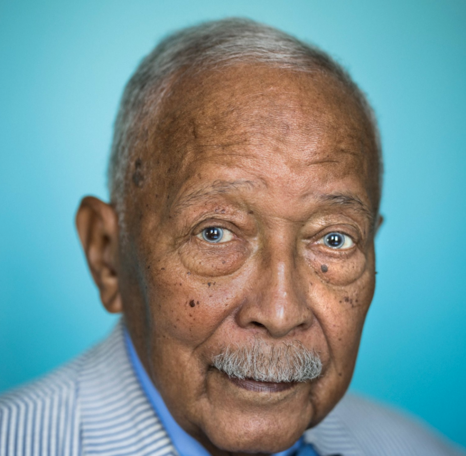 38sc5yhpyoixtm https www blackenterprise com new york citys first black mayor david n dinkins dies at 93