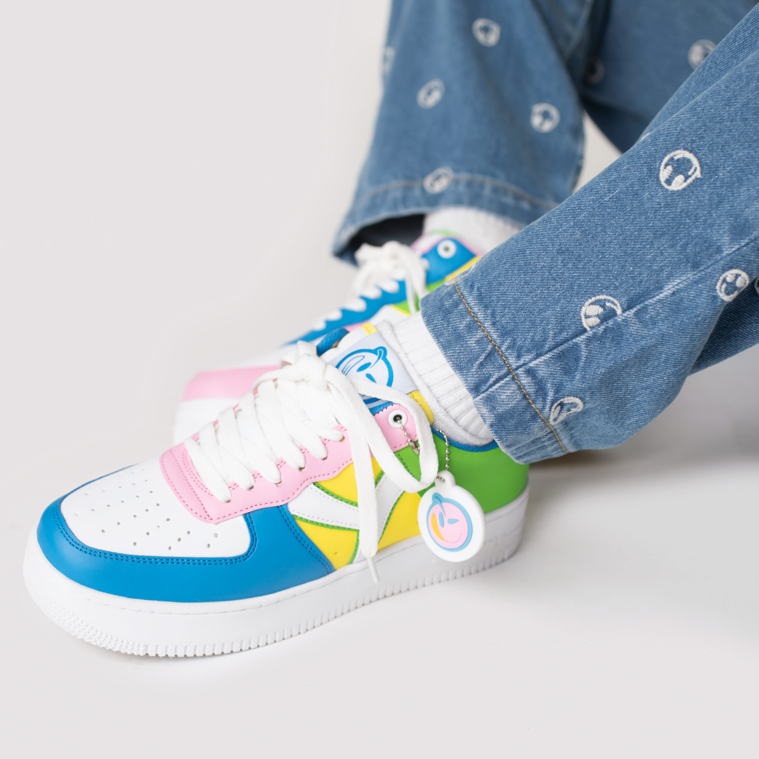 YUMS sneakers