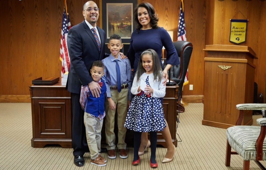 HBCU Exec, Dr. Mautra Staley Jones, Wins 2021 National Mother of the Year Award