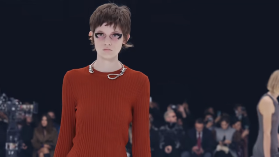 GIVENCHY CRITICIZED FOR USING NOOSE-SHAPED NECKLACES ON RUNWAY MODELS